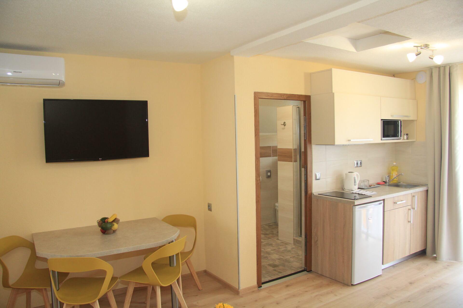 Apartmány Hujer 2 – Apartmán s terasou